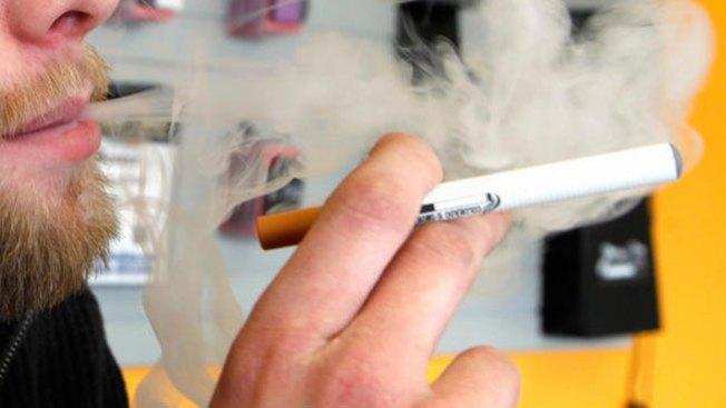 Guerra contra cigarros eléctricos