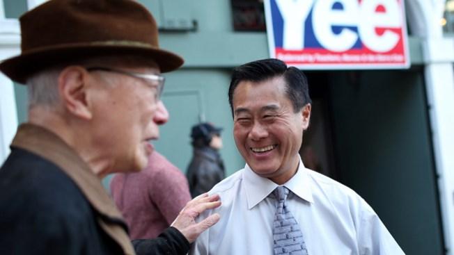 Tras arresto, Yee se retira de contienda