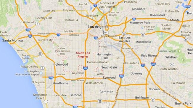 Incendio arrasa con escuela de L.A.