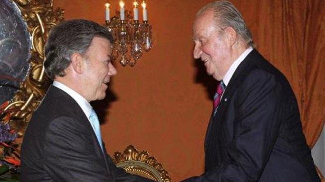 Juan Carlos, en la investidura de Santos
