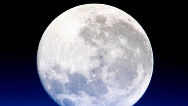 Vea la luna más brillante