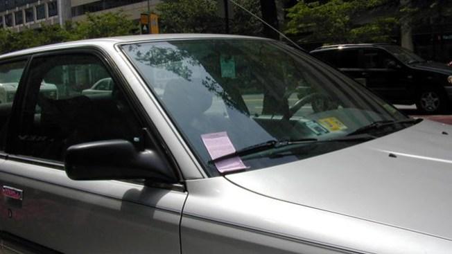 ¡Cuidado al estacionarse!
