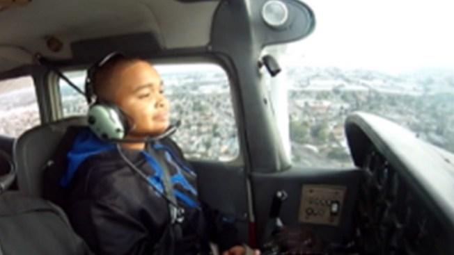 A su corta edad ya es un piloto
