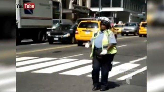 La policía más salsera del mundo
