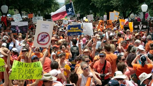 Se renueva la guerra sobre el aborto