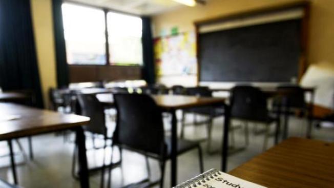 Paliza a inmigrante en aula escolar