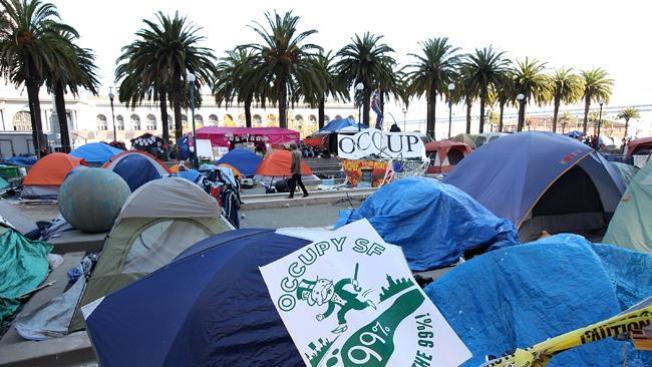 Policía desaloja a manifestantes de Ocupemos San Francisco