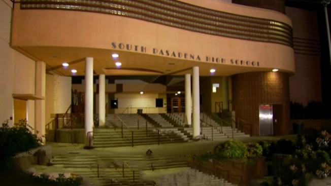 Arrestos por trágica amenaza a escuela