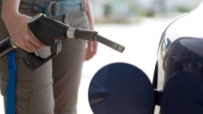 Alarma en CA por precio de gasolina