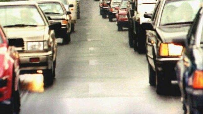 Heridos y tráfico en la autopista 210