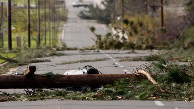 Los Angeles azotado por vientos de Santa Ana