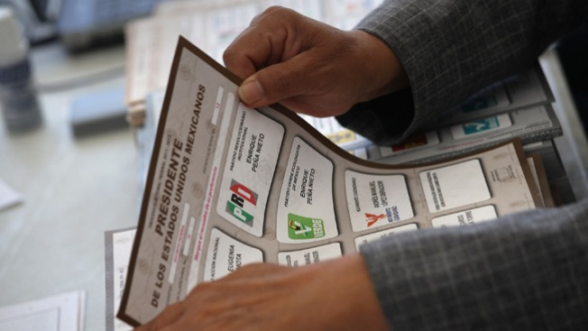 Encuestas apuntan a Peña Nieto