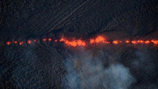 Elevan a alerta roja el nivel de erupción del volcán de Hawái