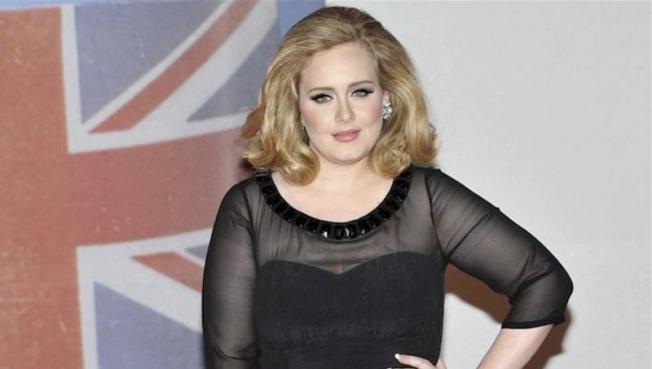 Adele anuncia concierto sorpresa en Los Ángeles