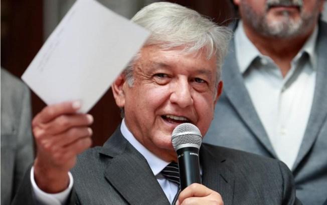 AMLO definirá por votos nombre de acuerdo comercial