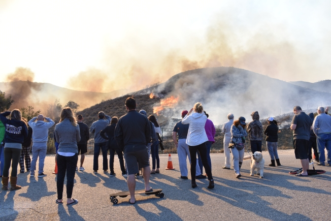 Tome estas precauciones al regresar a casa después de un incendio