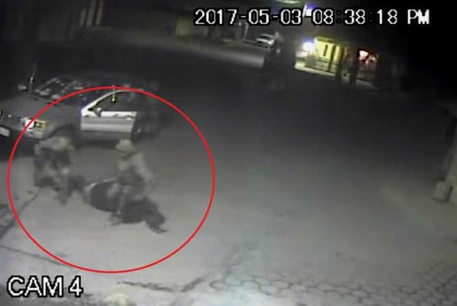 Graban a militares ejecutando extrajudicialmente a un hombre en México