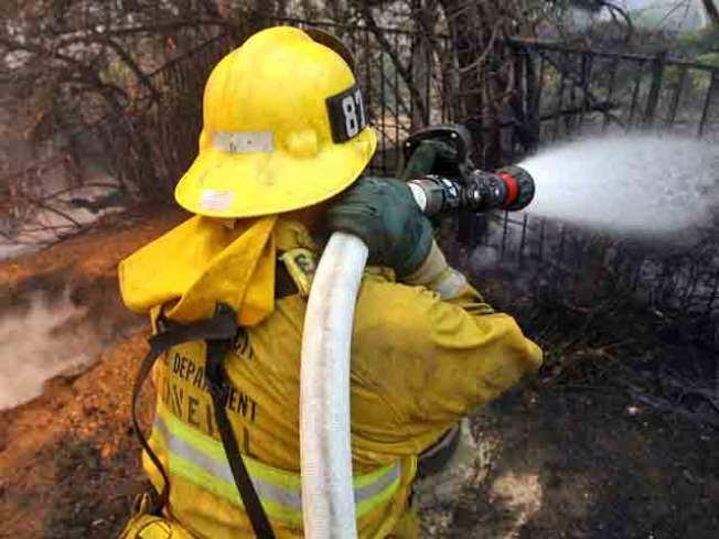 Incendio deja dos menores heridos de gravedad