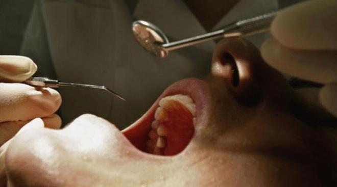 Servicios dentales gratis para indigentes de Riverside