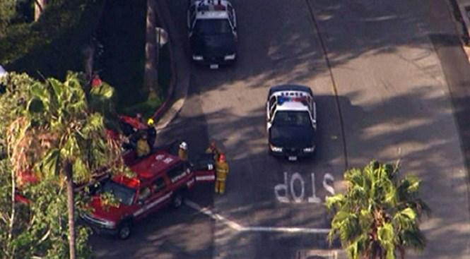 Policía de L.A. termina muerto en la calle